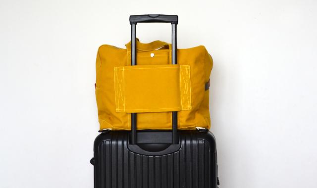 ボストン後ろ+スーツケース_W640